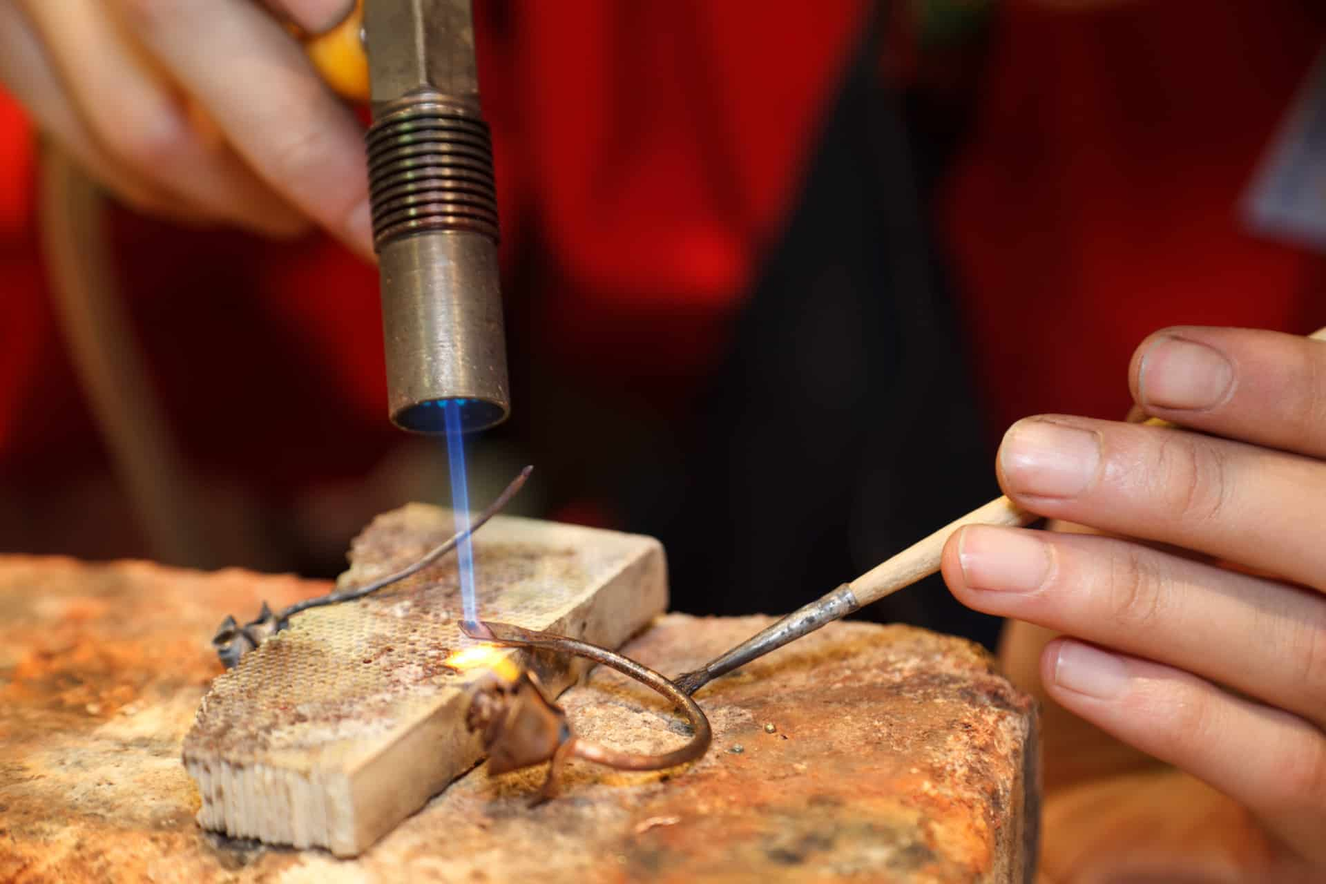 Soldering work on a gold ring