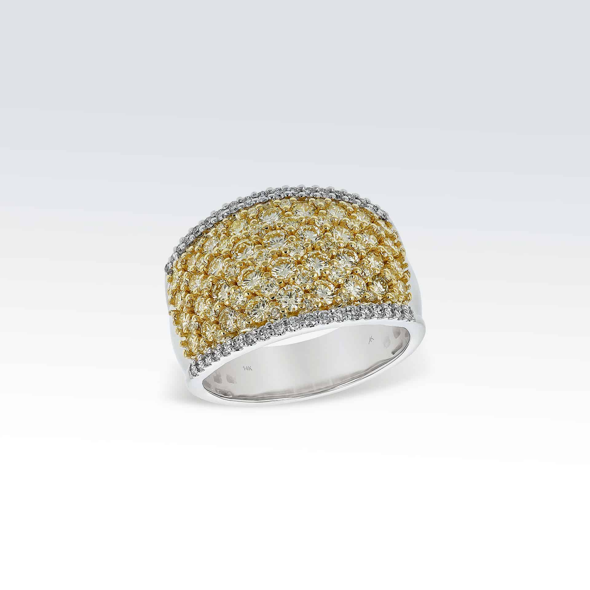 Diamond Ring with Yellow Diamonds><h2 class=