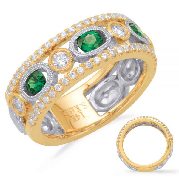 Emerald and Diamond ring 14 karat gold